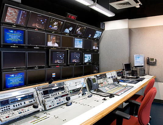 WebPhoto_GloboControlRoom